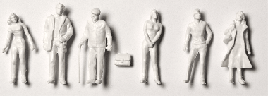 Detailed figures white 1:200, standing
