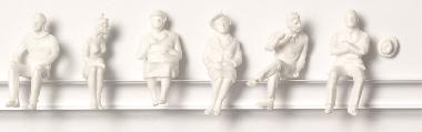 Detailed figures white 1:100, sitting