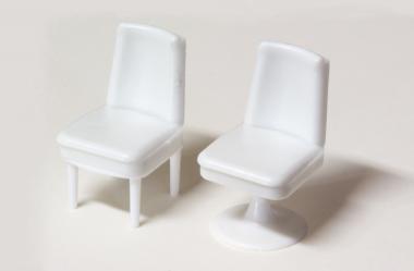 Stühle weiß 1:33