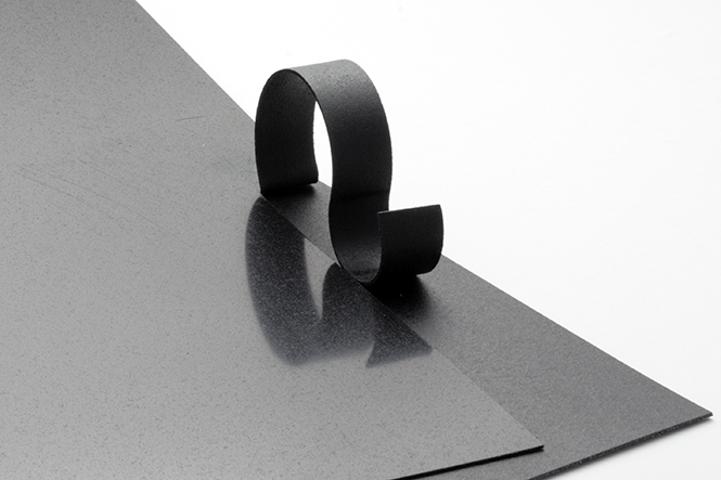 Worbla's Black Art Modellierplatte 1,0 x 375x500